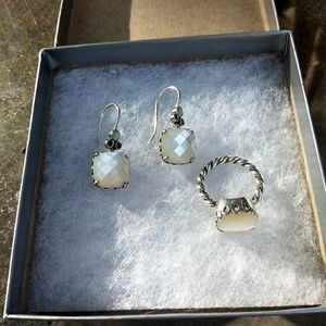 mother of pearl earrings and ring set
